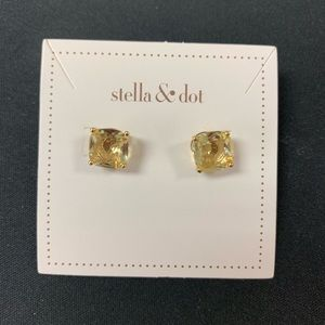 Stella and Dot Citrine look Luxe Studs